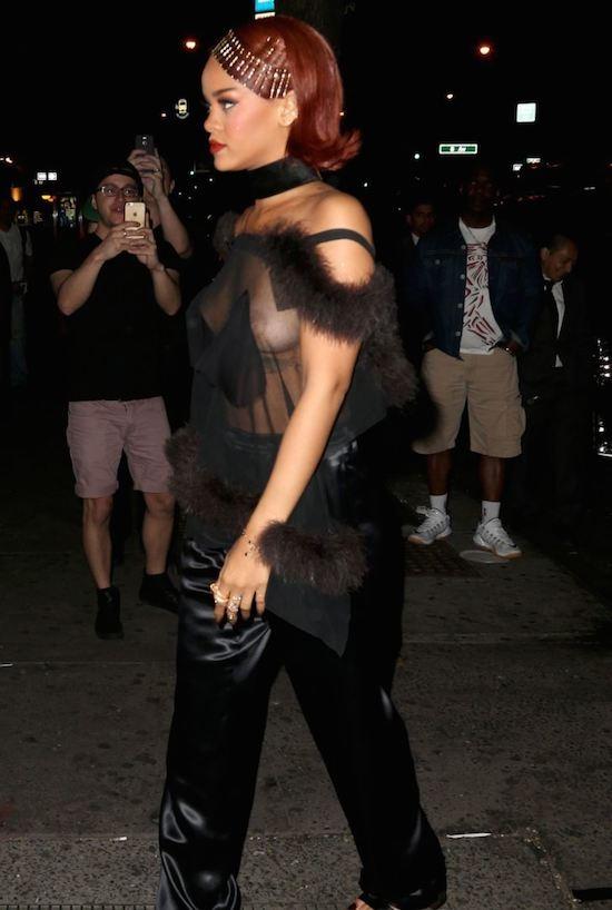 Rihanna-8