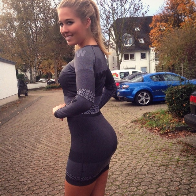 tight_dresses_26