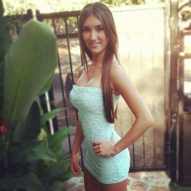 tight_dresses_4