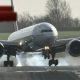 Hirmuäratavad kaadrid tugeva tuulega maanduvatest lennukitest