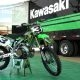 Kylie Marie fotosessioon Kawasaki KX250-ga TransWorld Motocross ajakirja jaoks