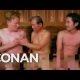 """""""Walking Dead"""" staar Steven Yeun ja Conan lähevad koos Korea spaasse"""