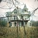 Kutid uurivad äkitselt mahajäetud miljonäri mõisa, perekonna maine vara on majja jäetud