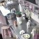 """NSFW video: nõme klient tellib """"vagiinse"""" menüü – kaamerad paljastavad räpase teenindaja"""