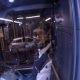 Bussijuht lukustab vihase mootorratturi bussi kinni