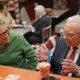 Nagu miljonär kommipoes: Bill Gates ja Warren Buffet külastavad vanakooli kommipoodi